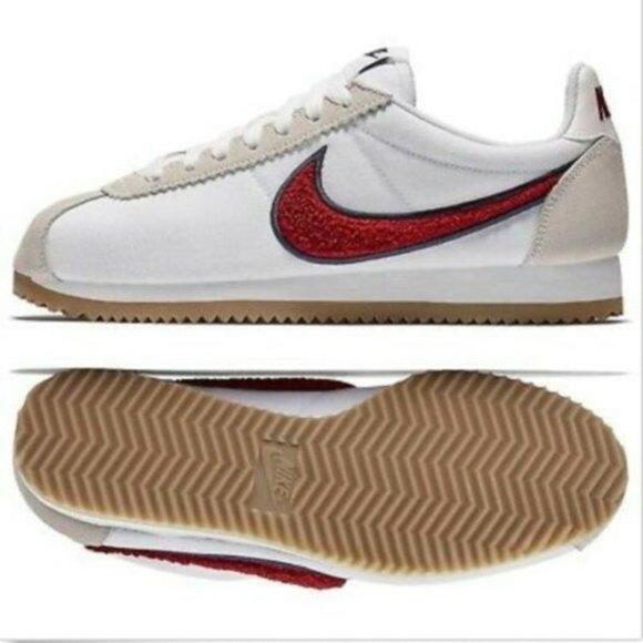 Nike Classic Cortez Chenille Swoosh Red